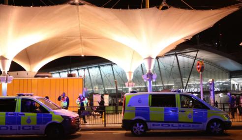 Enam Cedera Serangan Asid Di London