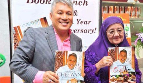 Gelagat Chef Wan Dan Ibunya Curi Perhatian Netizen