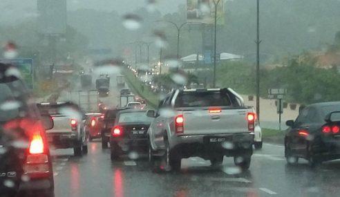 Hujan, Ribut Petir Diramal Di Banyak Negeri Hari Ini