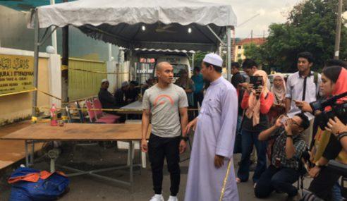 Tahfiz: Azizulhasni Lelong Sarung Tangan Rio 2016