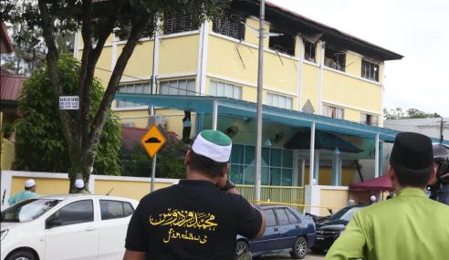 Seorang Lagi Pelajar Tahfiz Keluar Hospital