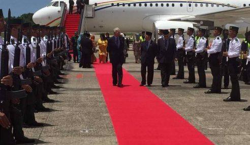 PM Najib Tiba Di Brunei Sempena Jubli Emas Sultan