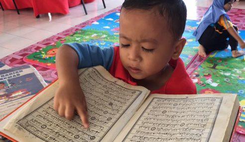 Netizen Terharu, Umur 4 Tahun Lancar Baca Al-Quran