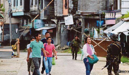 Ribuan Penduduk Mula Kembali Ke Marawi