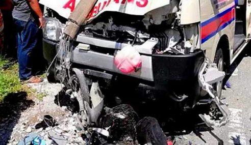 Remaja Maut Motosikal Tembung Dengan Ambulans