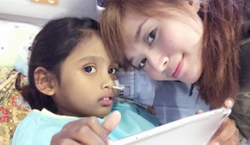 Batal Flight, Ayda Jebat Jumpa Peminat Di Hospital