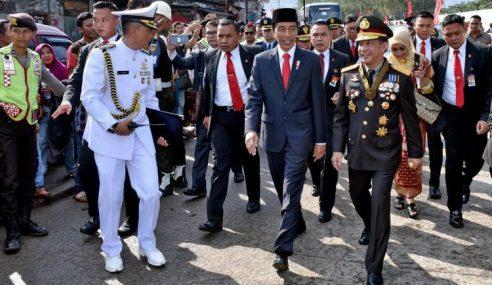 Panglima TNI Malu Jokowi Jalan 2KM Akibat Macet