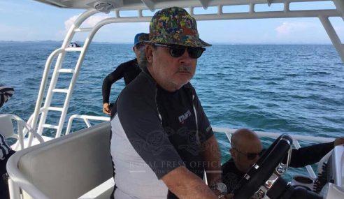 Selam Ke Dasar Laut Bukan Asing Bagi Sultan Johor