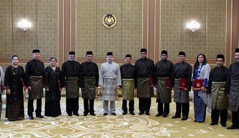 Agong Kurnia Watikah Lantik Ketua Perwakilan Malaysia