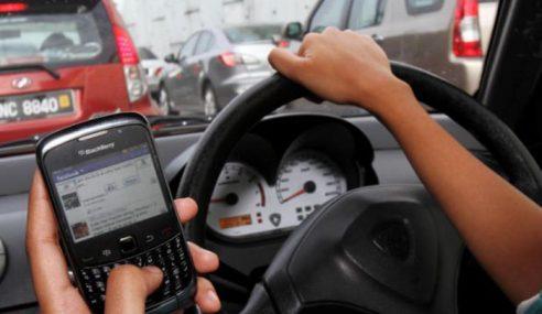 Guna Telefon Bimbit Memandu Punca Kemalangan
