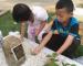 Netizen Sebak, Anak Kecil Cium Batu Nisan Ayah