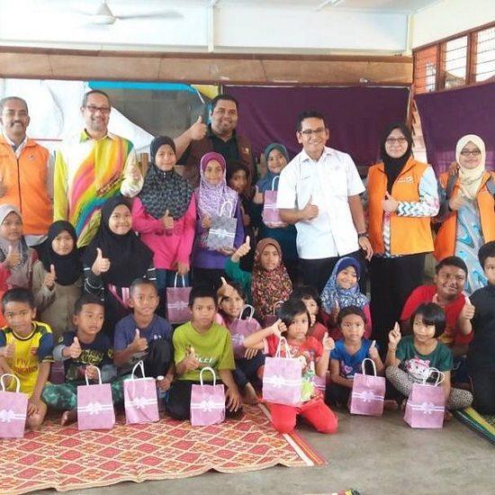 UMNO Terengganu Gerak Sukarelawan Bantu Mangsa