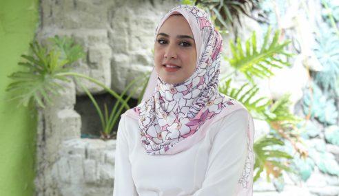Kenapa Fathia Tak Pakai Tudung RM10 Saja