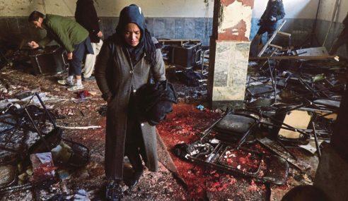 Mayat Berteraburan Beberapa Letupan Di Kabul