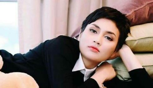 Terpegang 'Nasi Lemak' Jasmin Hamid, Fasha Dikritik