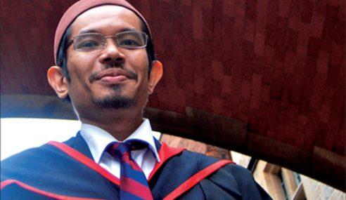 Dr. Afifi Al-Akiti Tokoh Maulidur Rasul 2017