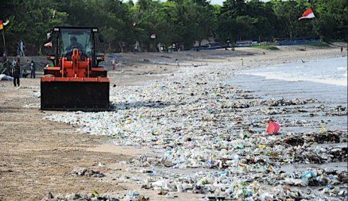 Bali Isytihar Darurat 'Sampah', 35 Trak Dikerah