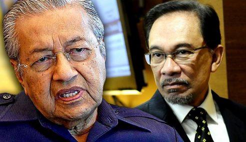Mahathir Seperti Hilang Arah, Akui Anwar Tak Bersamanya