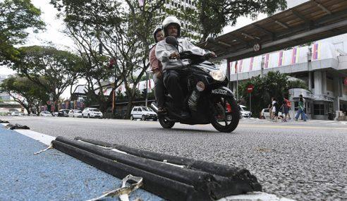Pemisah Lorong Basikal Lebih Selamat – DBKL