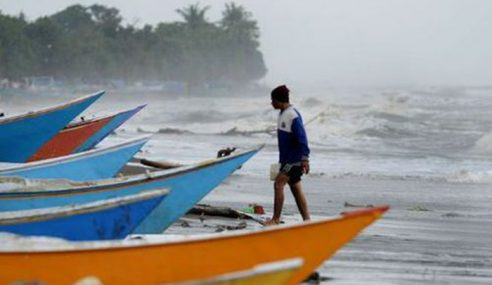 Amaran Angin Kencang,Laut Bergelora Di 6 Negeri Sehingga Jumaat