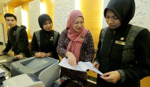Larang Pekerja Hotel Berhijab: Akta Kerja Dipinda