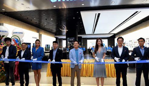 Samsung Buka 'Premium Experience Store' Di Pavilion KL