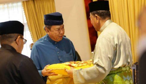 Sultan Kedah Dikurniakan Darjah Kerabat Selangor