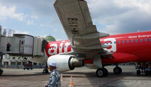 Hanya Kru Kabin Lelaki AirAsia Ke Aceh