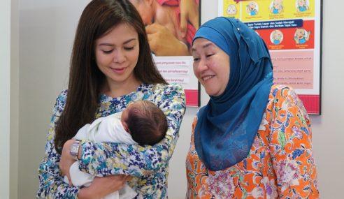 Tengku Permaisuri Selangor Ziarah Bayi Ditinggalkan
