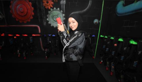 Erat Hubungan, Mira Ada Game Dengan Ahli Fan Club
