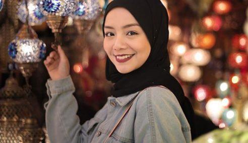 Mira Twit Kata Nak 'Rehat, Peminat Dah Mula Rindu