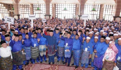 PM Serah Tawaran Haji 1,200 Peserta Tajaan Yayasan 1MDB