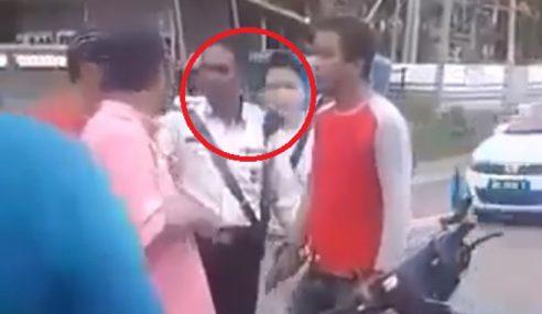 Video: Biadap… Remaja Tumbuk Polis Trafik