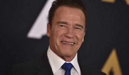 Schwarzenegger Stabil Selepas Pembedahan Jantung