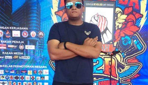 Salah Faham, Is Projector Band Terasa Hati