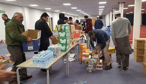 Masjid Di UK Buka Pintu Untuk Gelandangan