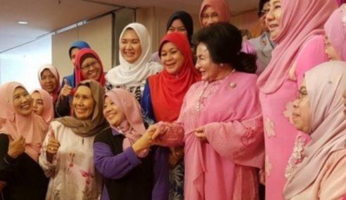 Isteri PM Luang Masa Bersama NGO Wanita Perlis