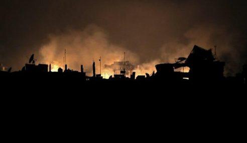 40 Orang Awam Rentung Dimamah Bom Napalm