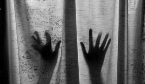 Gadis Malang Dirogol 'Kawan' Baru Di Taman