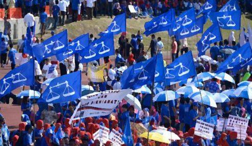 Game On… BN Kedah 'Sambut' Tun Mahathir