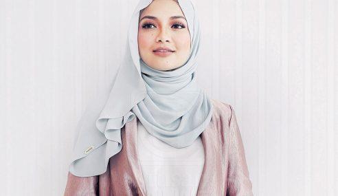 Neelofa Ke Pentas Antarabangsa Dengan Fesyen Muslimah