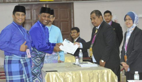 PRU14: Zambry Berdepan Calon PAS, PKR-PAN