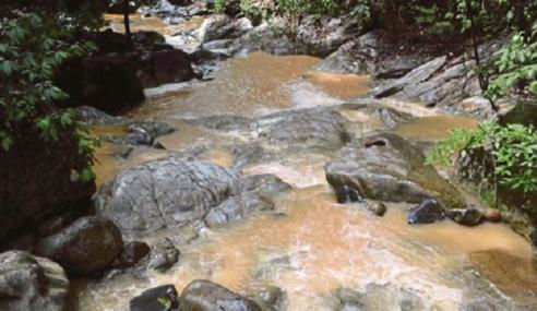Penduduk, Pelancong Terganggu Air Paip Teh Tarik