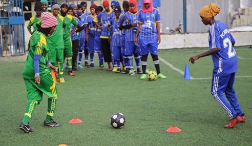 Pecah Tradisi, Bola Sepak Pilihan Utama Gadis Somalia