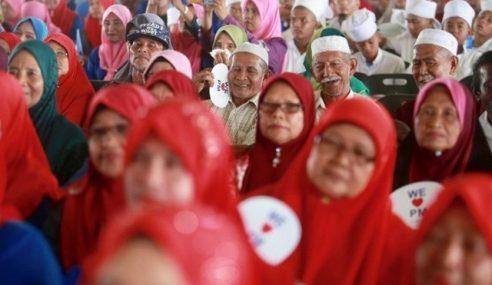 Peneroka Felda Takkan Terpengaruh Janji Manis Tun M