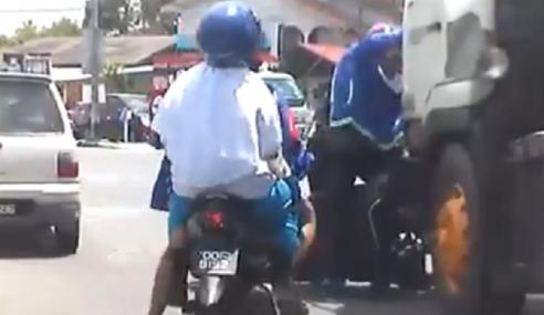 Video: Sengaja 'Parkir' Nyawa Depan Lori…