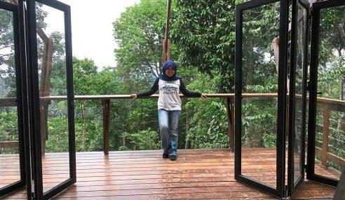 Wanita Tekad Buat Rumah Sendiri Kos RM200,000