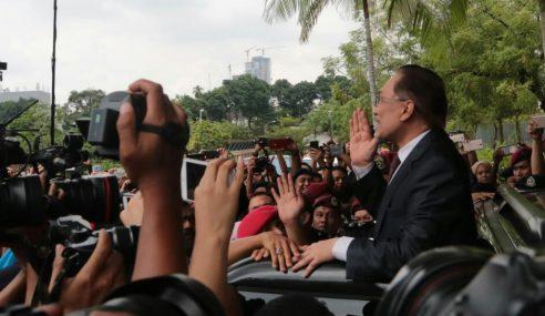 Anwar Bebas, Proses Peralihan PM Bermula