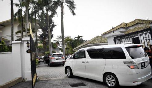 Laluan Masuk Kediaman Peribadi Najib Dikawal Polis