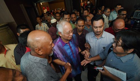 Najib Luah Rasa Hati Ulas BN Kalah Akibat Fitnah